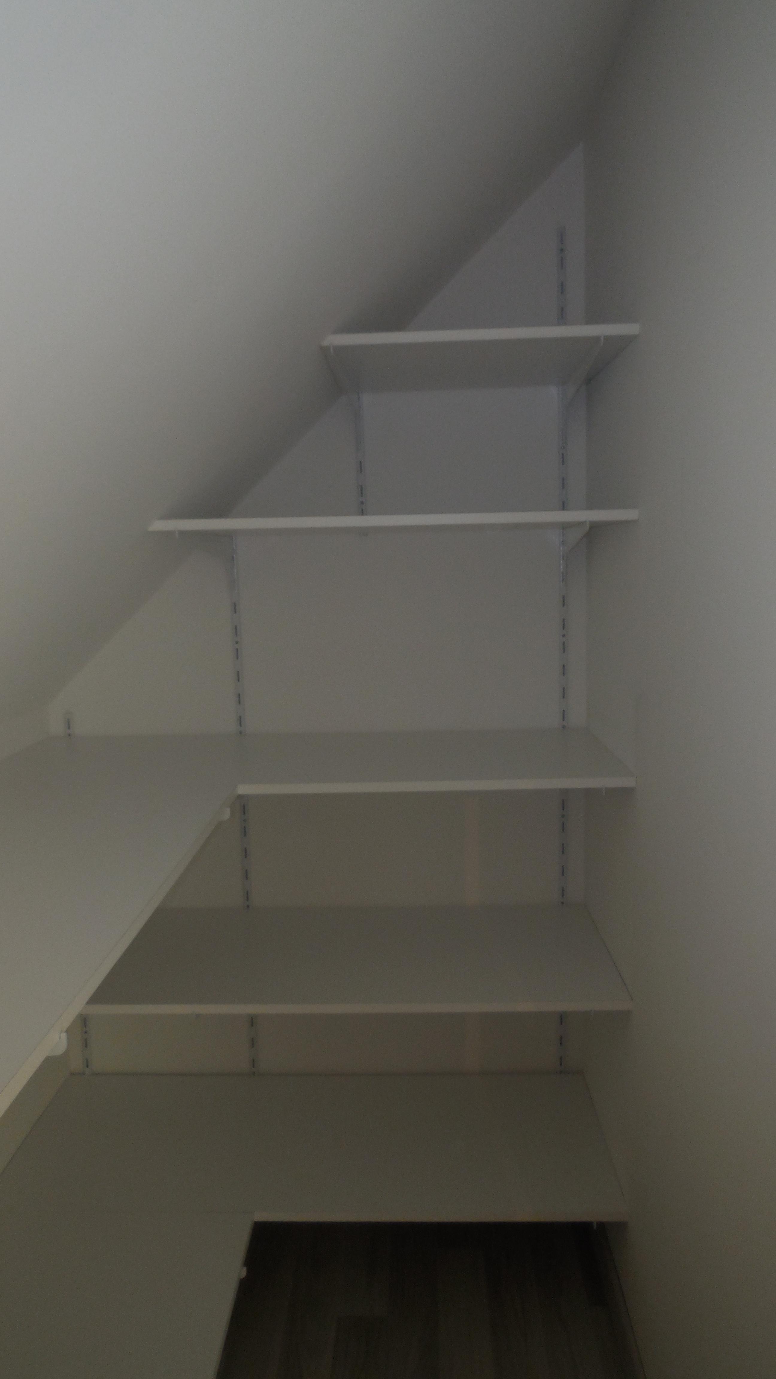 dressing sous pente blanc sas de l 39 ille. Black Bedroom Furniture Sets. Home Design Ideas